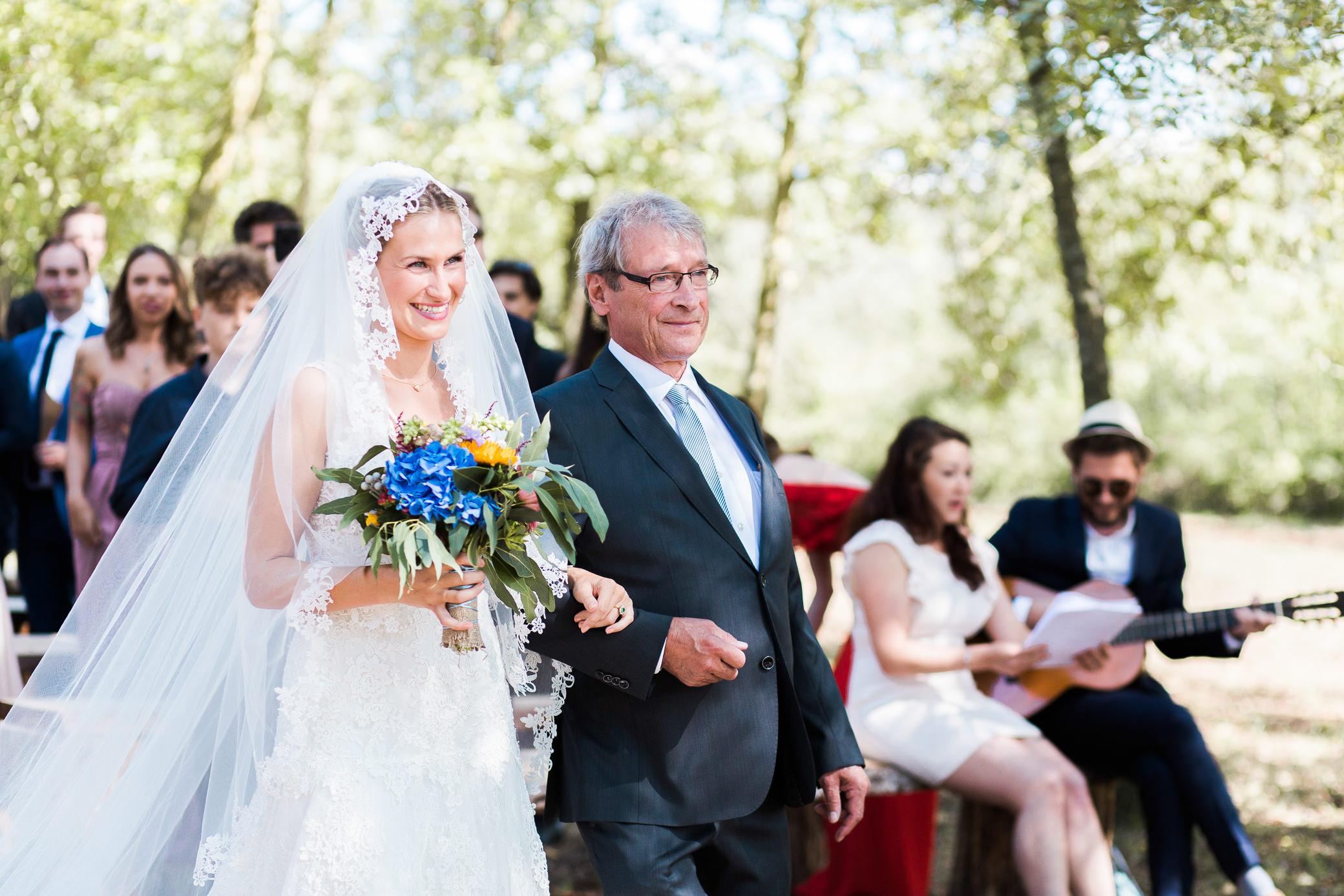 boda-olot-mas-can-batlle-destination-wedding-photografeel-18.jpg
