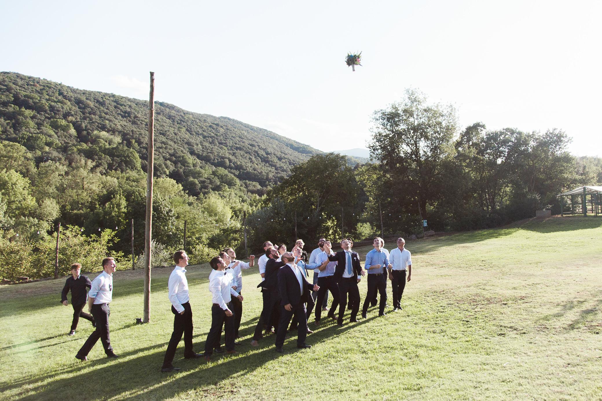boda-olot-mas-can-batlle-destination-wedding-photografeel-42.jpg