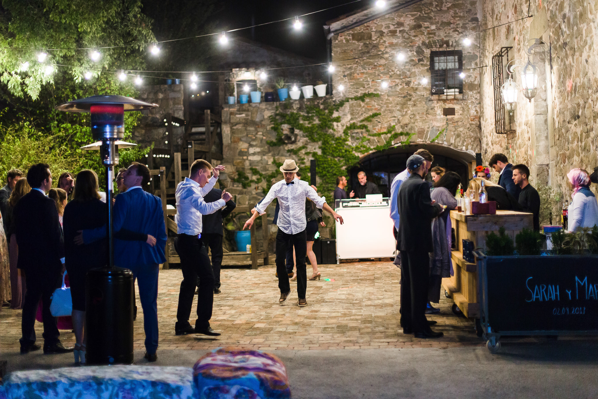 boda-olot-mas-can-batlle-destination-wedding-photografeel-81.jpg