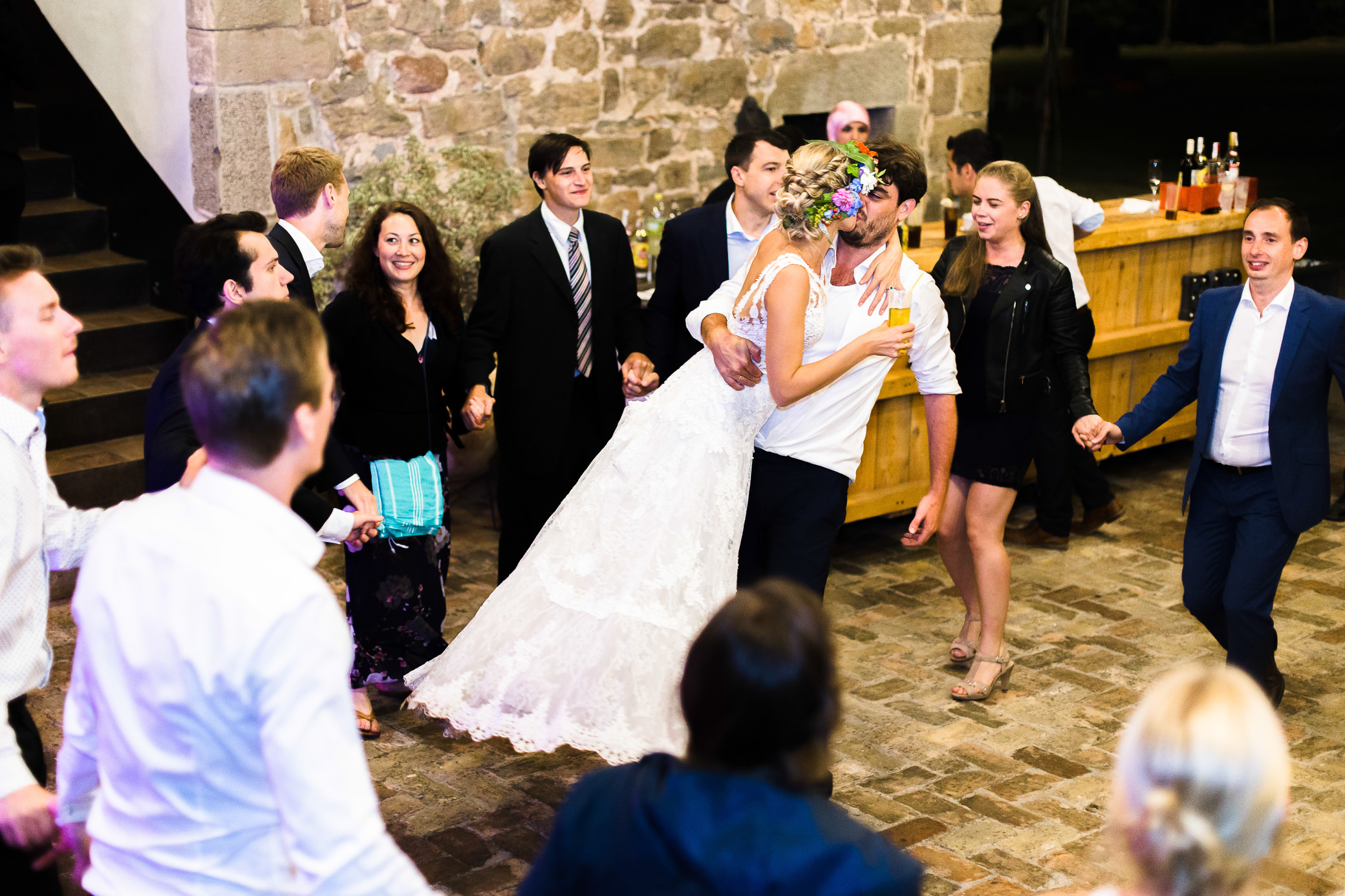 boda-olot-mas-can-batlle-destination-wedding-photografeel-85.jpg