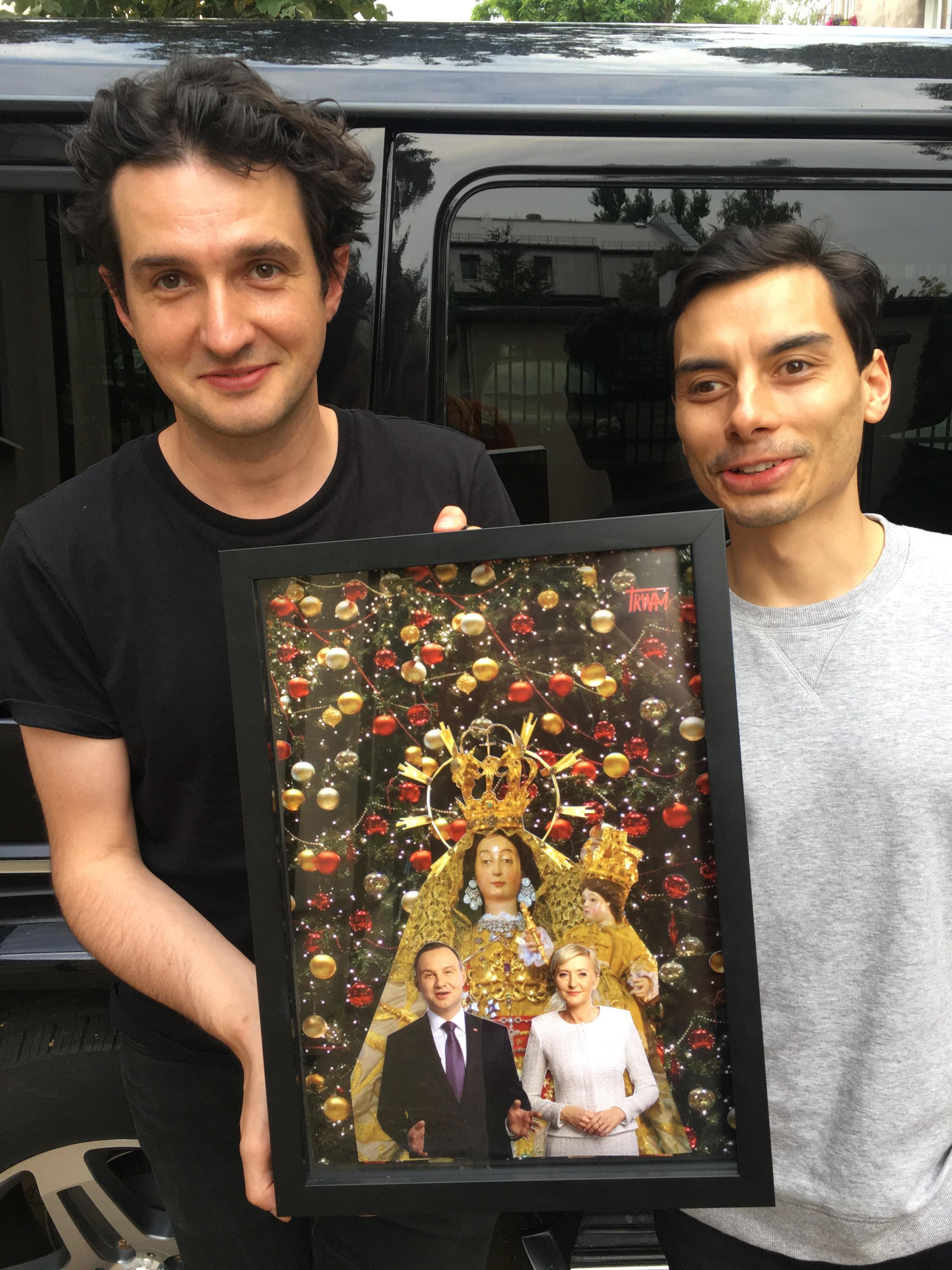 Michał Słodowy z zespołu KAMP! zabrał obraz do studio