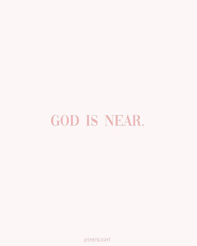 Ever feel like you don't know how to get close to God?⠀ ⠀ God is closer than you know. ❤️ ⠀ God is ALWAYS trying to get your attention - but do you notice? ⠀ ⠀ All you have to do is reach out. If you don't have a relationship with Him, invite Jesus in to your life. Ask Him to be your Lord and Saviour. He is closer than you know.⠀ ⠀ If you have a relationship with Jesus, and you want to know God more. Ask Him. God promises to draw near to those who draw near to Him. (James 4:8). ⠀ ⠀ God loves you, friend. Don't let another day pass by without Him.  Tag a friend. 👇🏼👇🏼 ⠀ ⠀ Xo,⠀ @elise_hodge⠀