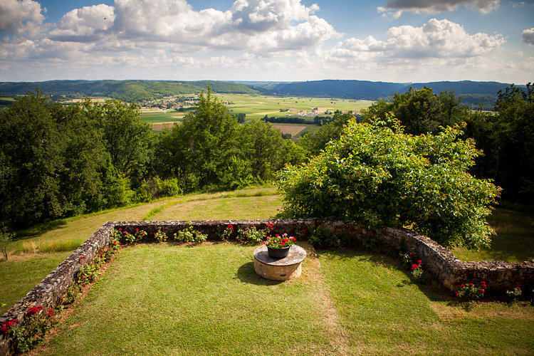 11 hectares of woodland and gardens