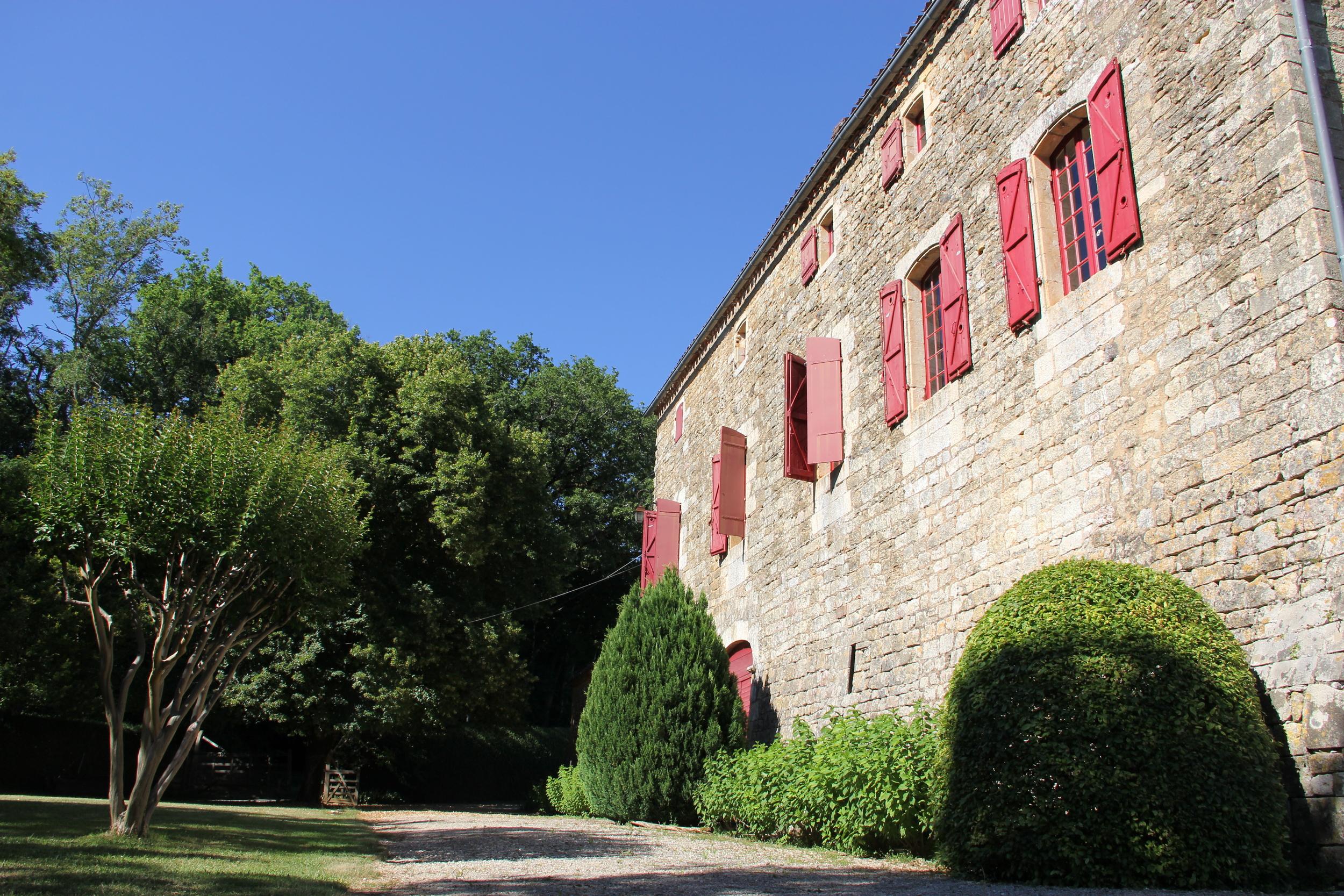 Charming 13th century chateau