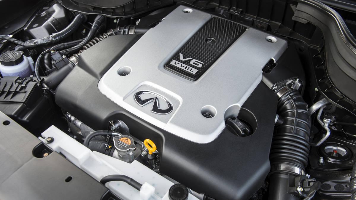The Infiniti QX50's powerful new V6 engine