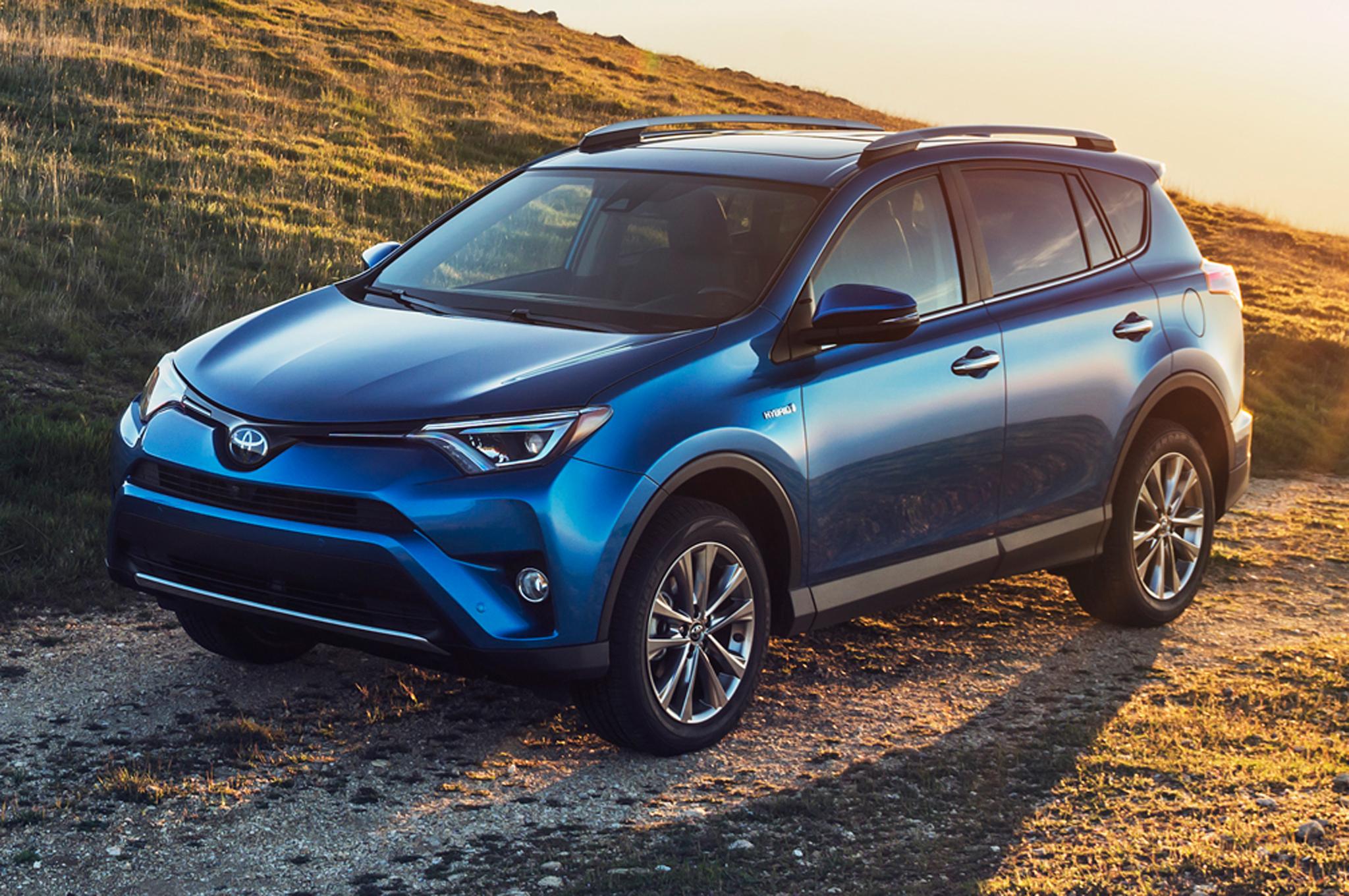 2016-Toyota-RAV4-SUV-New-Car-.jpg