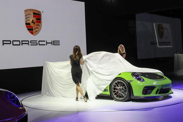 2019-porsche-911-gt3-ny-auto-show- car-leasing-concierge.jpg