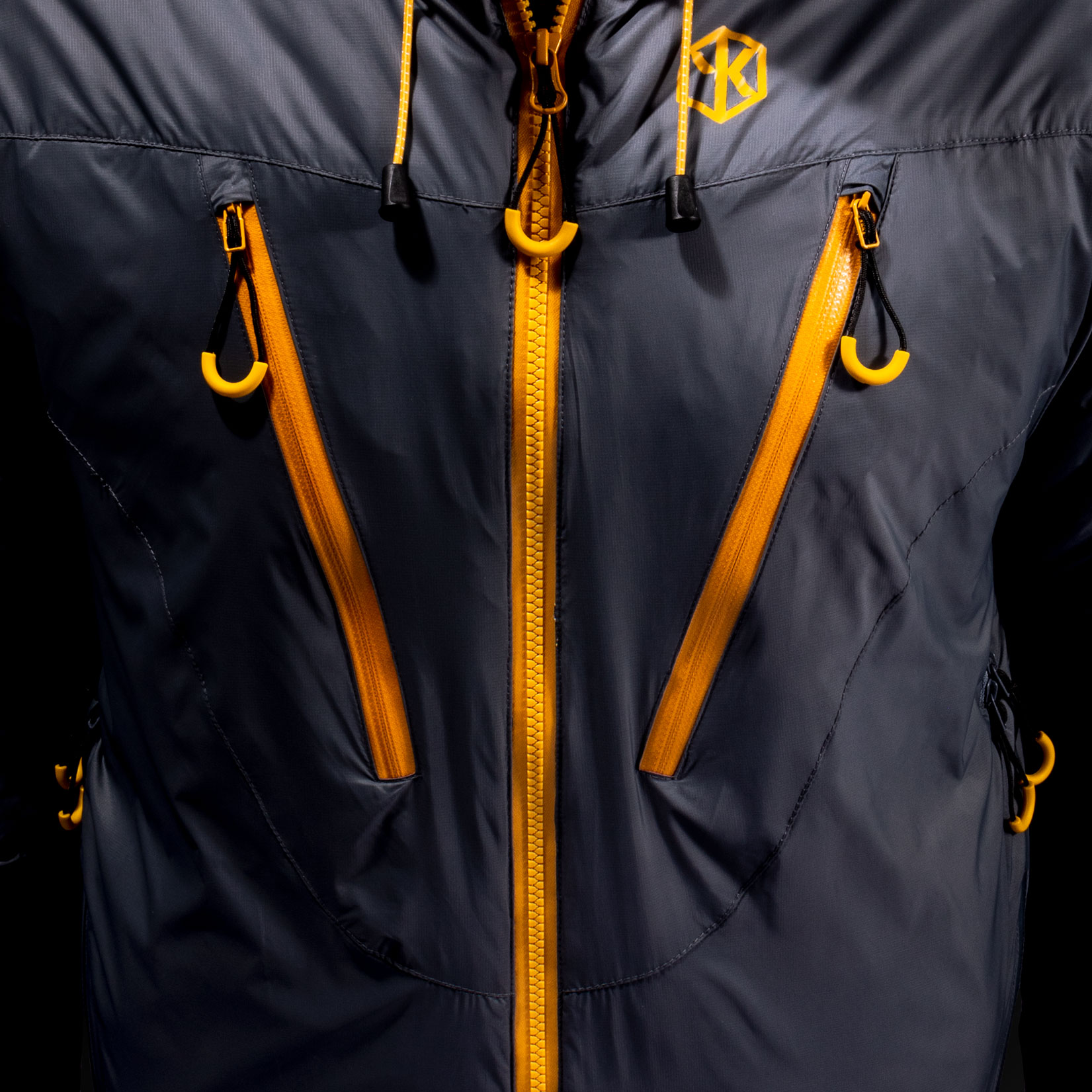Ridge-DE-Jacket-Chest.jpg