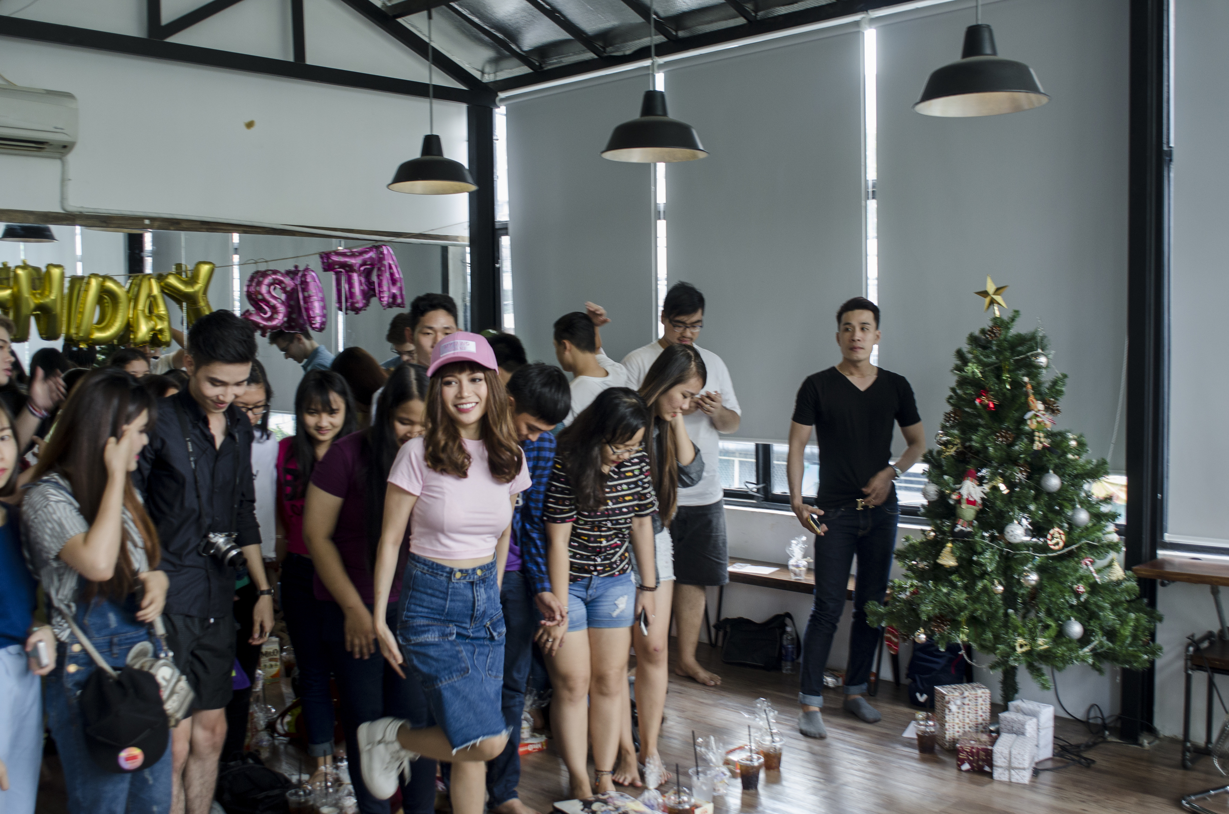 Si Thanh's Birthday Party