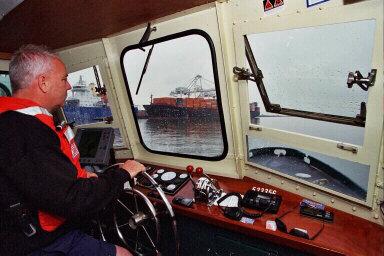Greg Porteus pilots Launch 5 out of Marine Ocean Terminal Bayonne