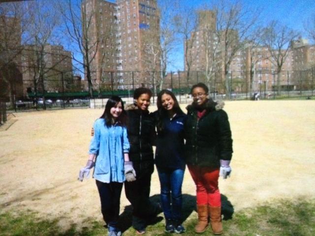 Lyd, Jess, Sarah, and Luwen.jpg