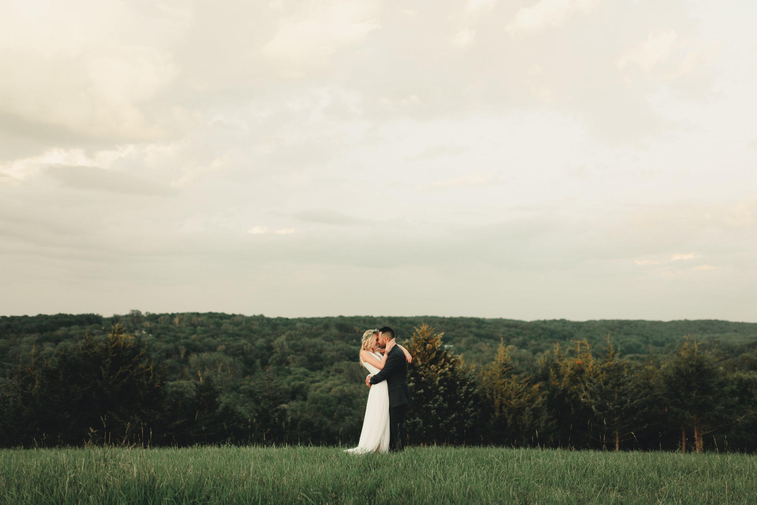Emily and Zach-Wedding Finals 2-0149.jpg