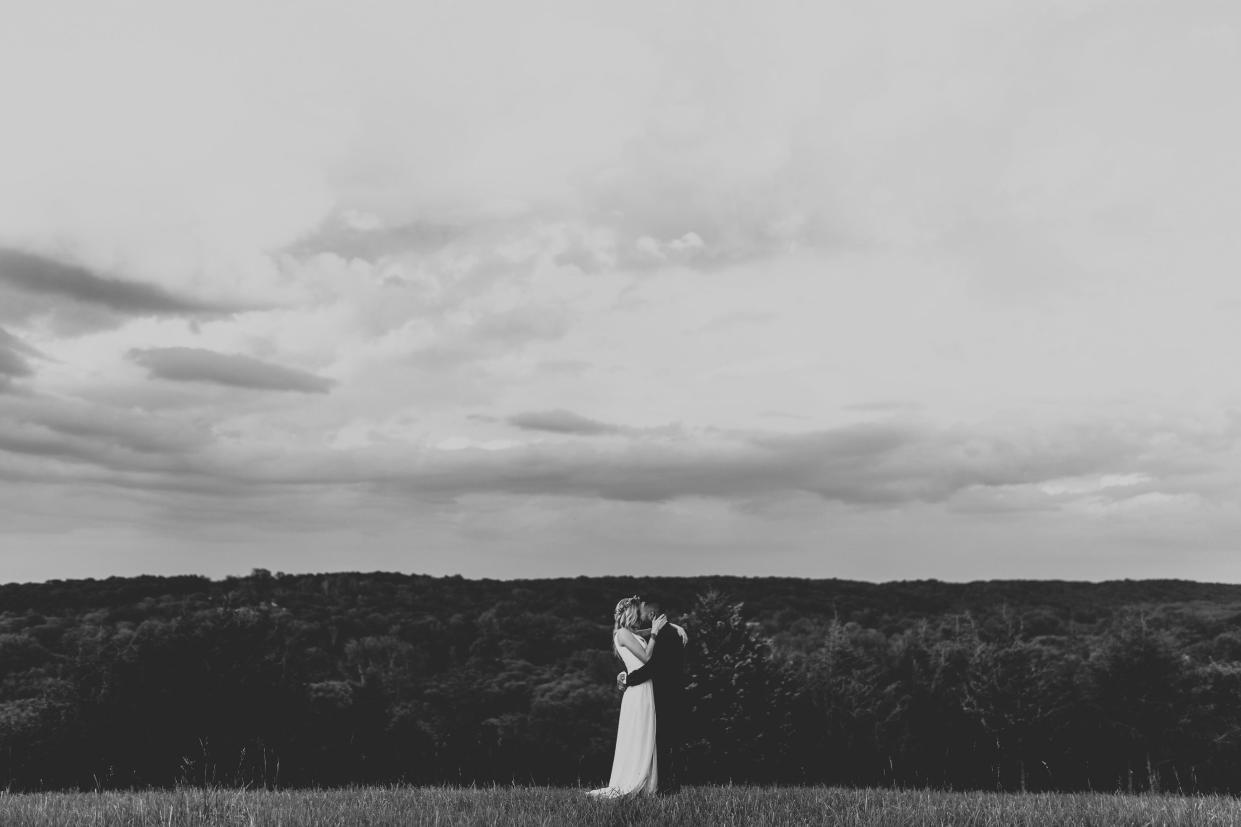Emily and Zach-Wedding Finals 2-0150.jpg