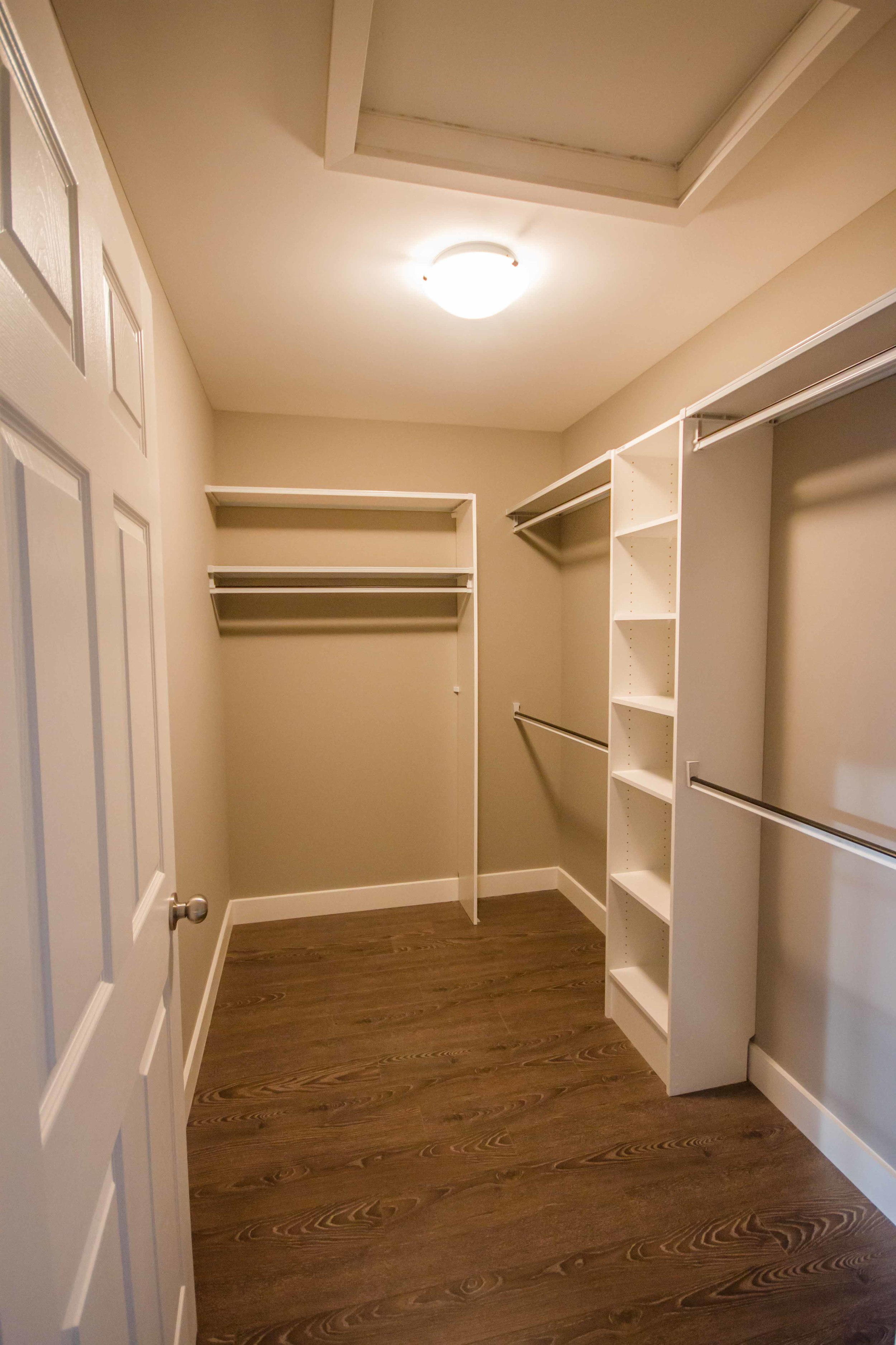 72 Kenai Crescent - Walk-in.jpg