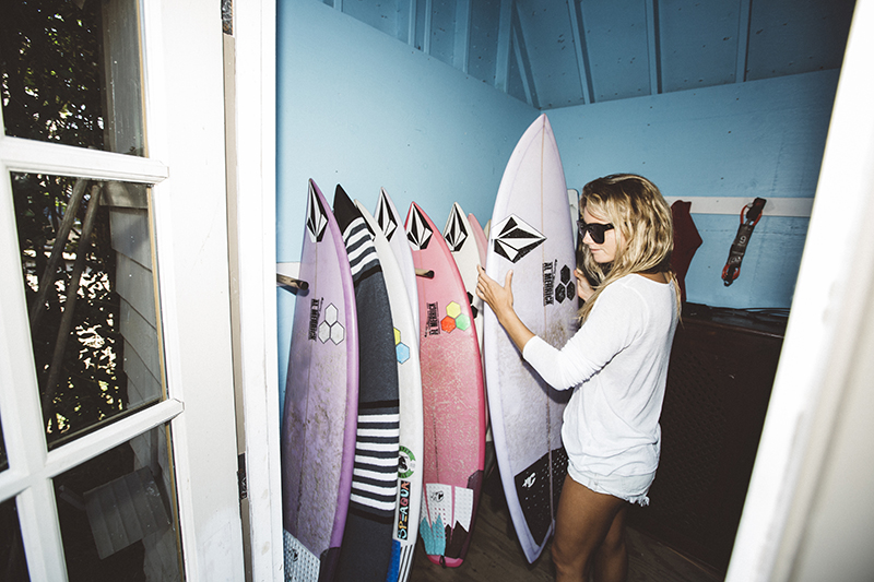 @captainbarto-CaptainBartoPhoto-QuincyDavisModel-Indoek-SurfShacks-091616_4762.jpg