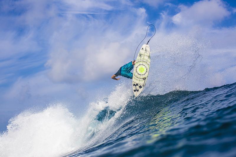 @captainbarto-@captainscamera-waves-book1-019.jpg