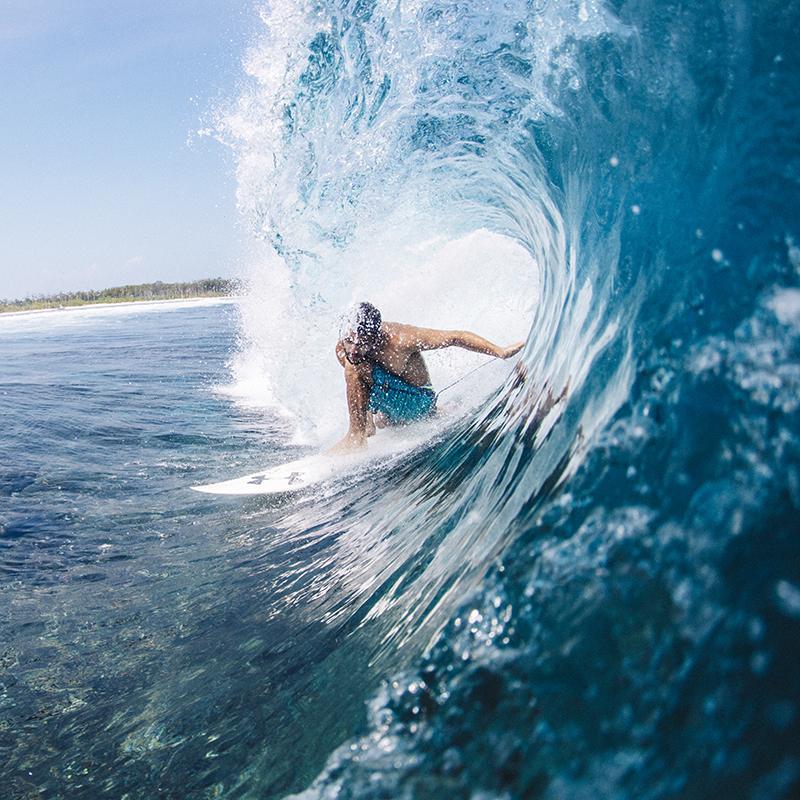 @captainbarto-@captainscamera-waves-book1-025.jpg
