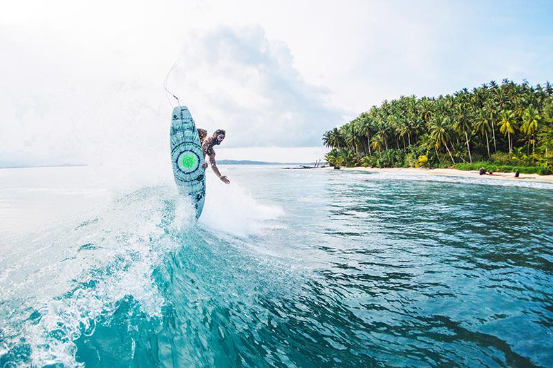 @captainbarto-@captainscamera-waves-book1-034.jpg