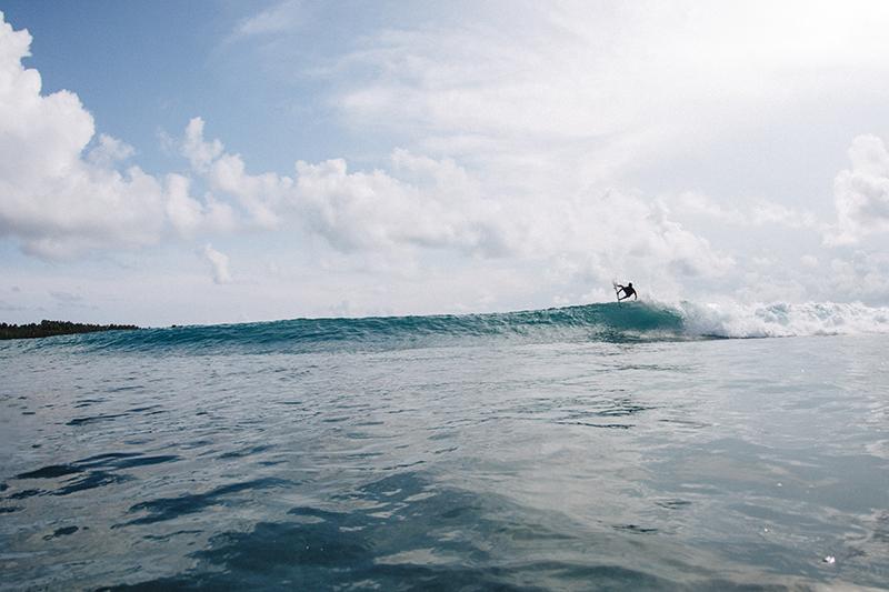 @captainbarto-@captainscamera-waves-book1-035.jpg