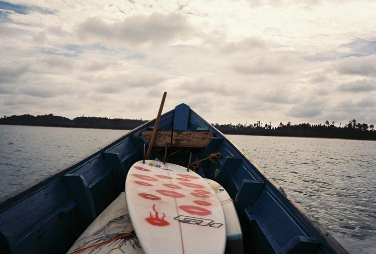 @captainbarto-@captainscamera-waves-book3-002.jpg