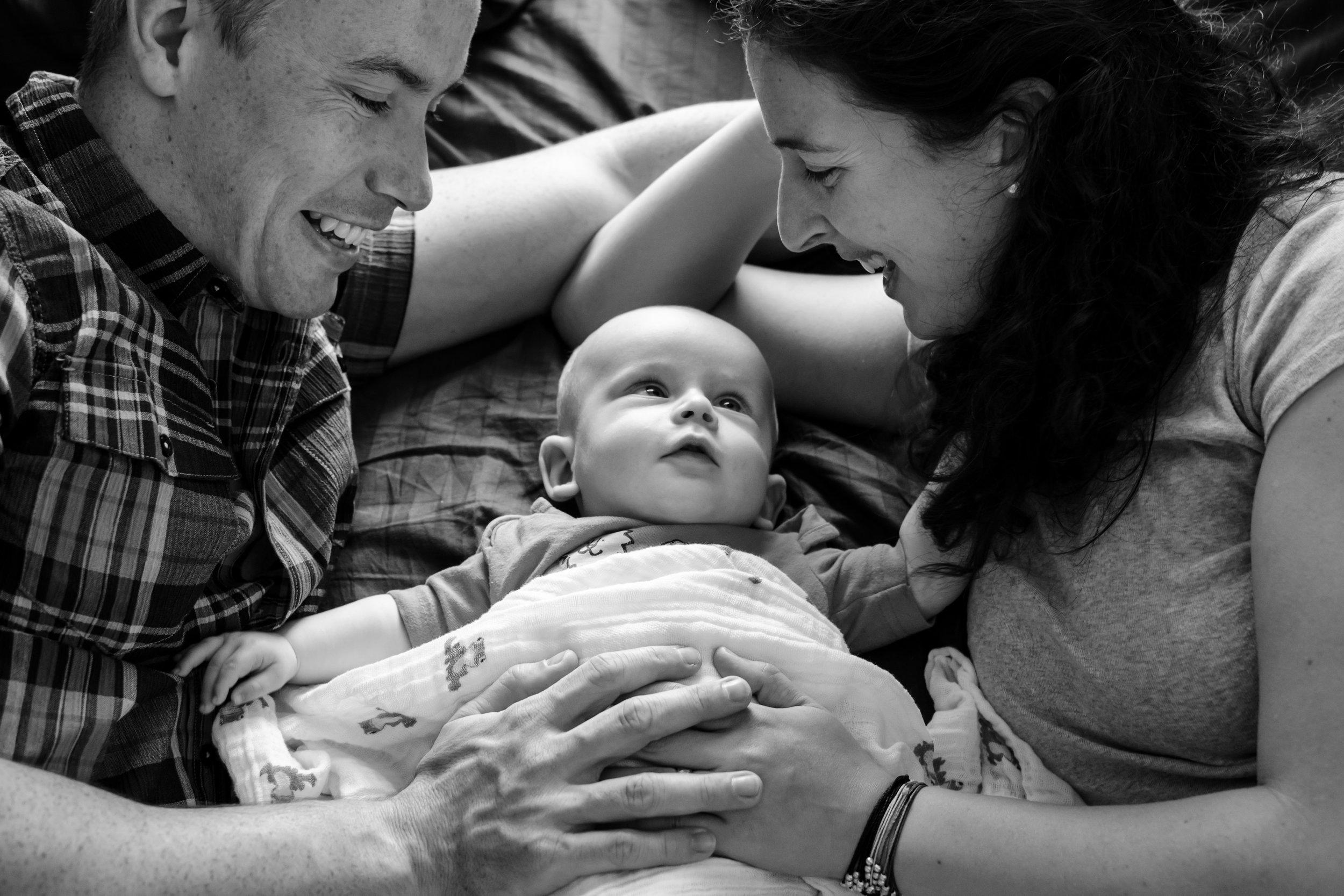 JuliaMatthewsPhotography_MadisonWisconsinFamilyPhotography_Newborn-3.jpg