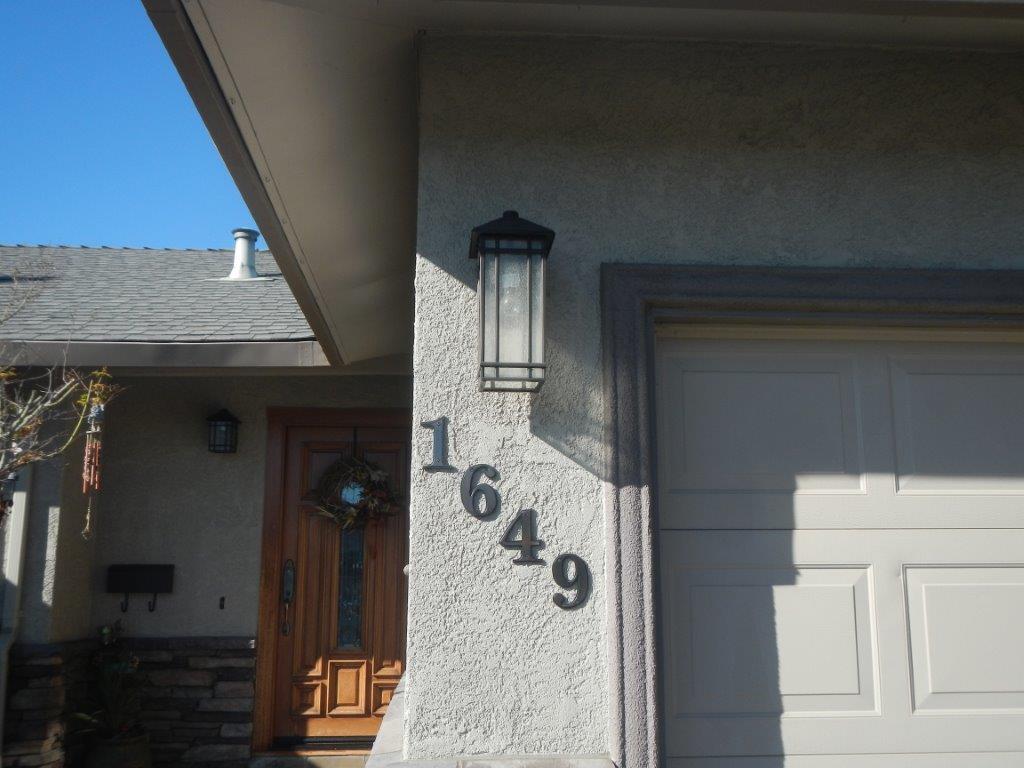 house pics 012.jpg