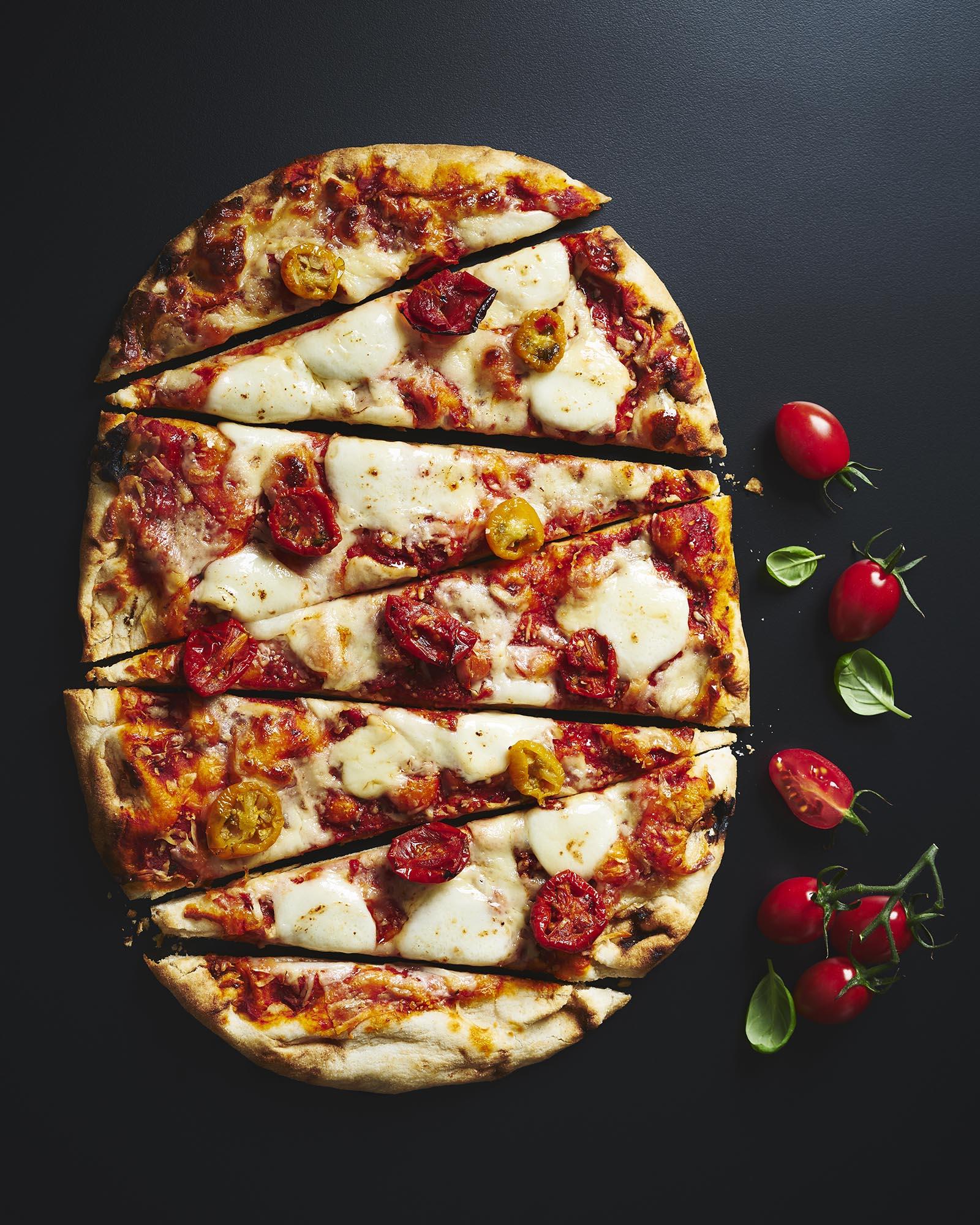 M&S_WoodfiredMargheritaPizza.jpg
