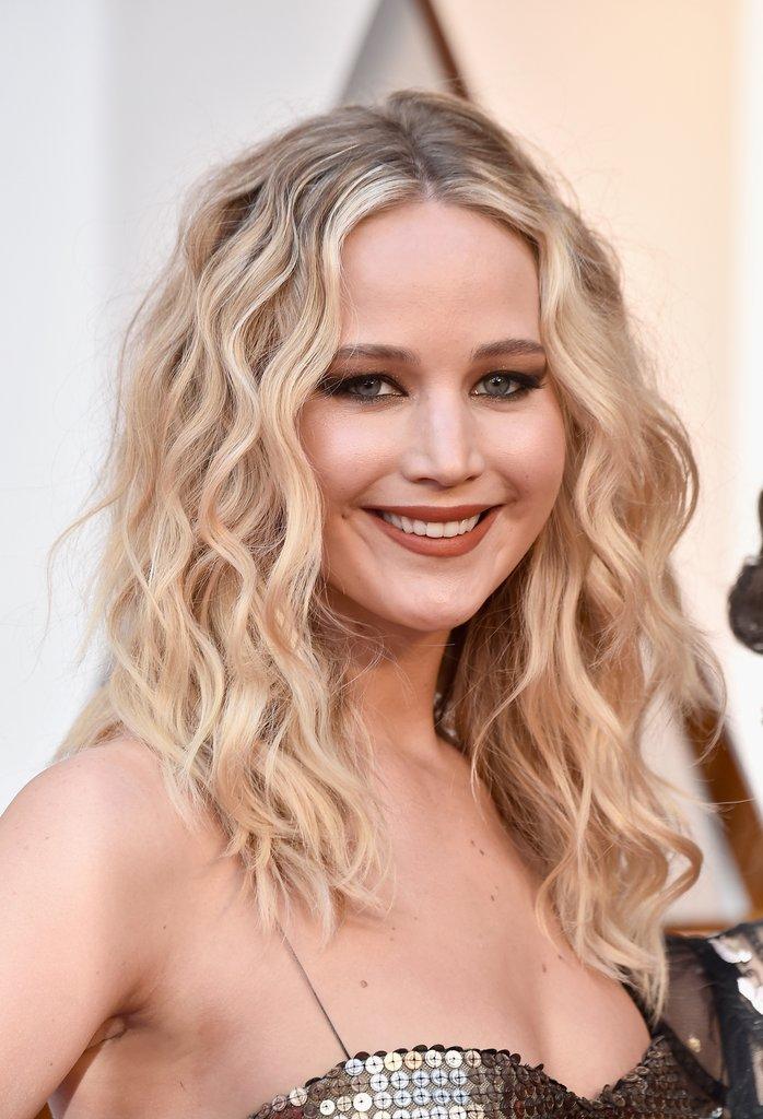 #JenniferLawrence #Oscars2018 #OscarsHair #Oscars2018Hair.jpg