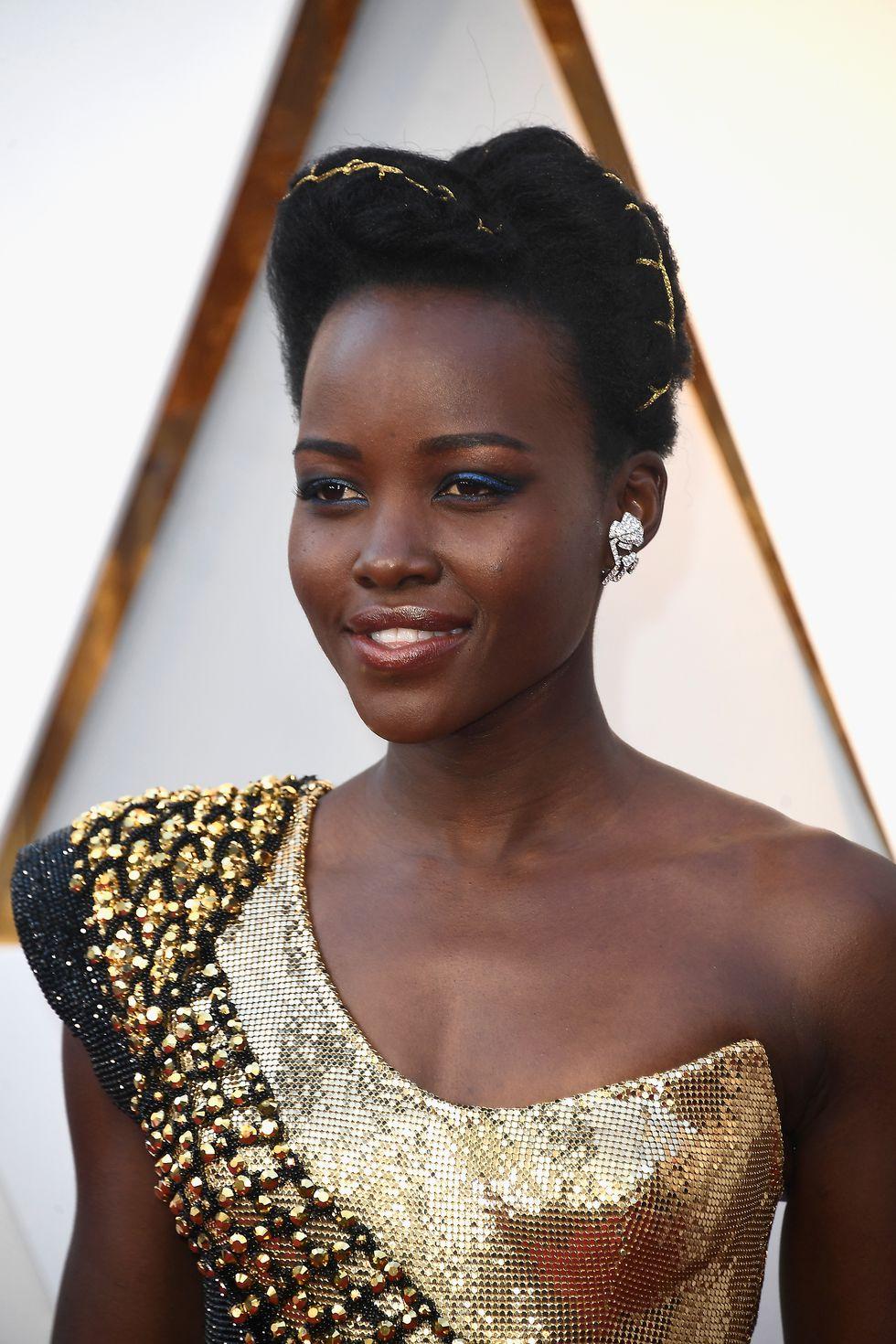 #LupitaNyong'o #Oscars2018 #OscarsHair #Oscars2018Hair.jpg