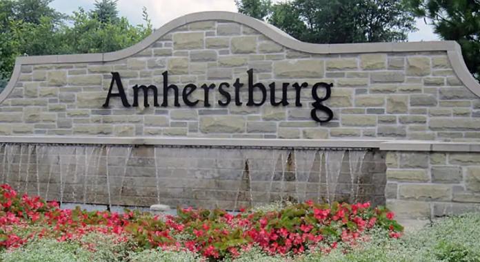 amherstburg townsign.jpg