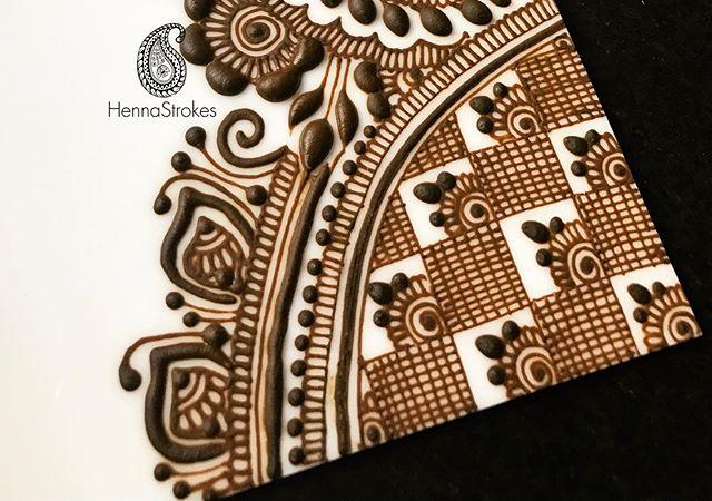 #mehendi #mehndi #hennastrokes #santaclara #bayarea #Norcalhenna #hennadesign #elcaminoreal #mehndiyparty #hennainspire #art #hennaartist #hennacalifonia #indianweddindinspiration #hennafeatures #hennalover #hennalookbook #henna_i #7enna #naturalhenna #inai #uniquehenna #hennaisneverblack #hennatherapy #hennalove #henna_bar #naturalhennapaste #indianwedding #hennapro