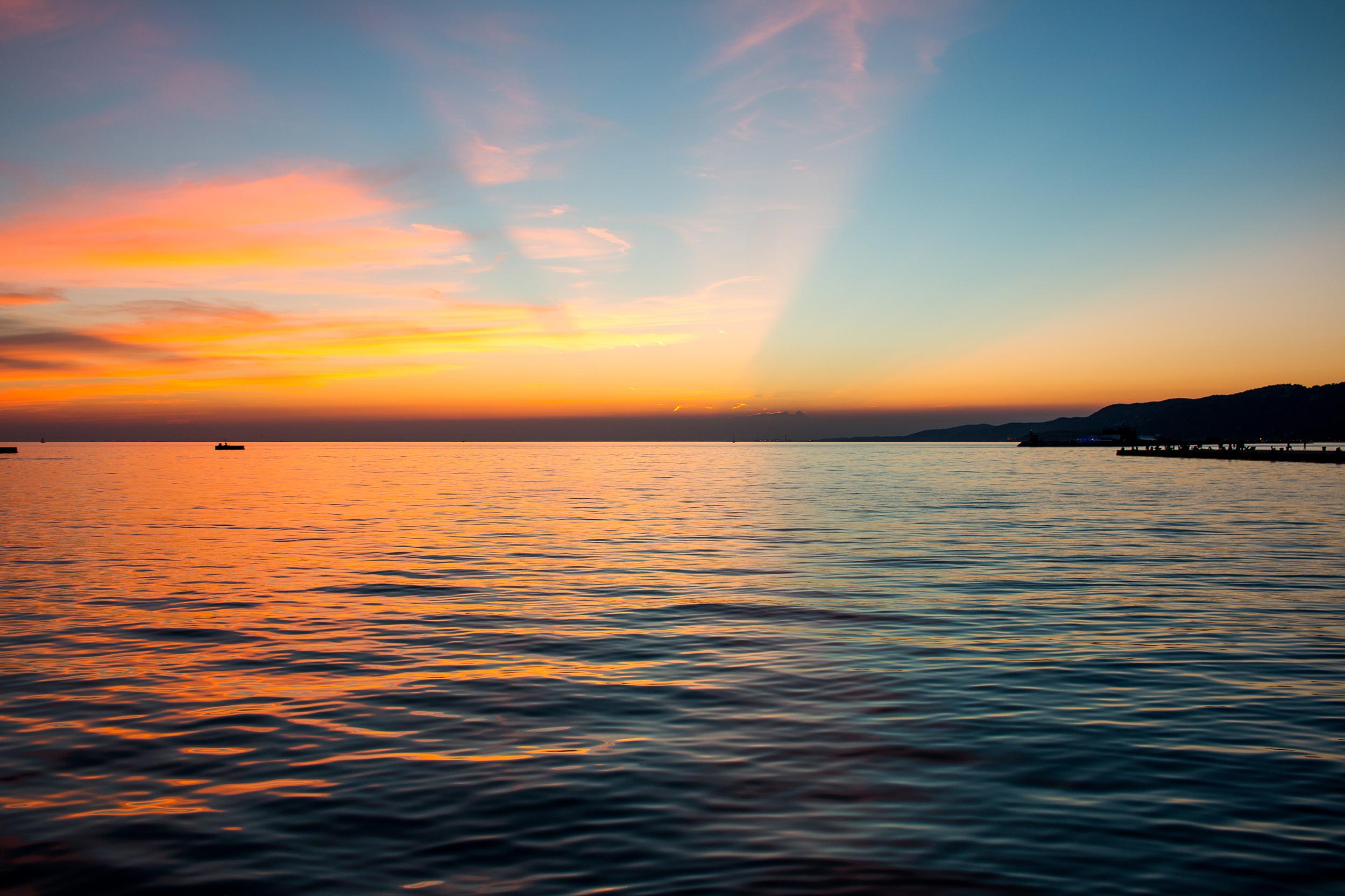 Triste_sunset.jpg