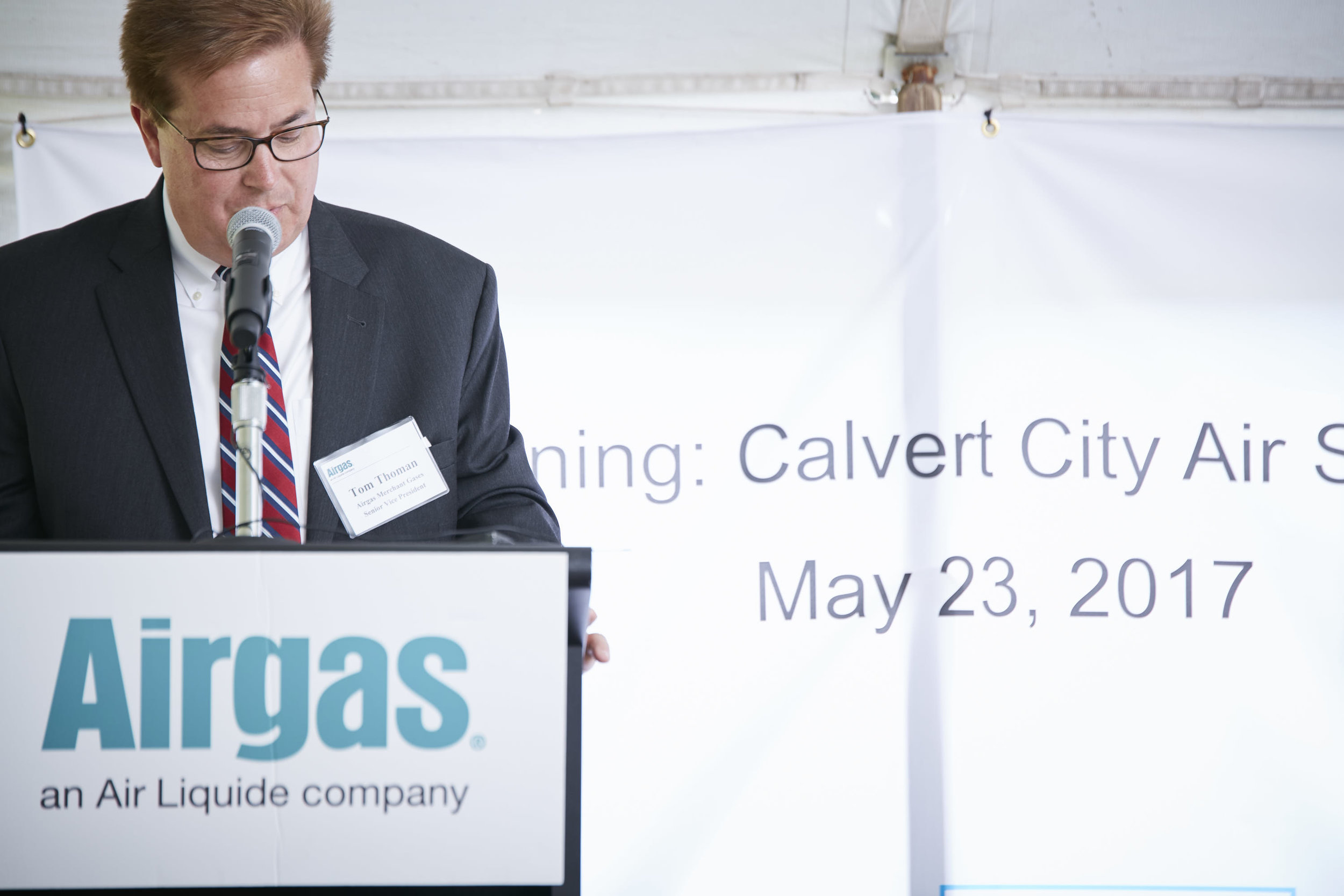 36612 - Airgas Ribbon Cutting - 05.23.17 - BRS.jpg