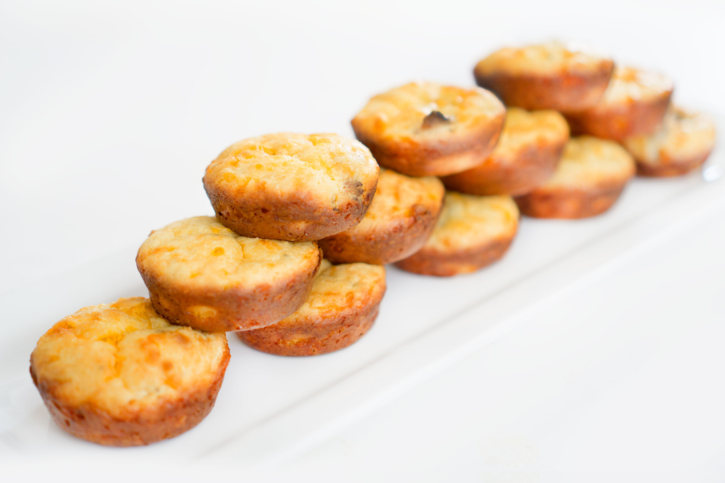 Low Carb Keto Cheddar Biscuits