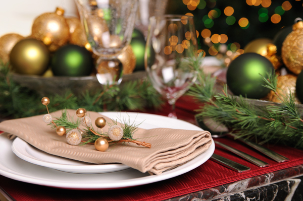 holiday-table-settings-for-popular-dining-table-christmas-dining-table-settings-4.jpg