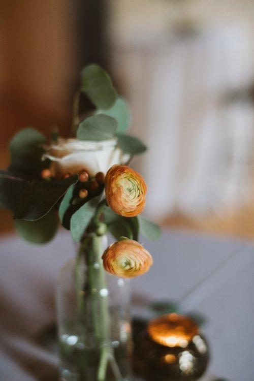 wisconsin-florist-lageret-wedding-bud-vase.jpg