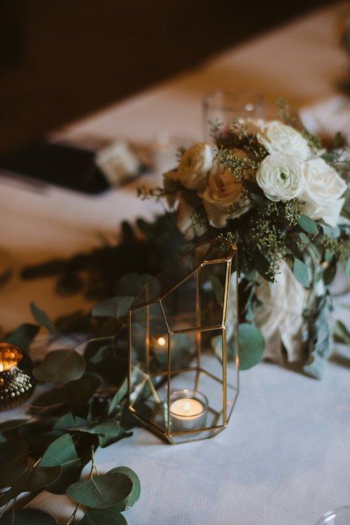 wisconsin-florist-lageret-wedding-table-centerpiece.jpg