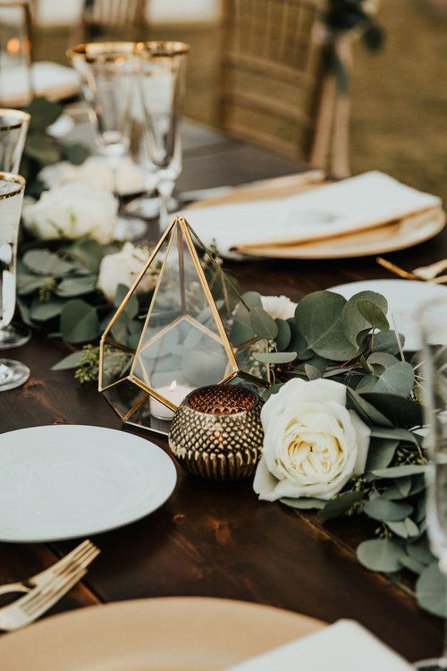 1209-creative-florist-romantic-copperwynd-wedding-arizona-reception-table-decor.jpg