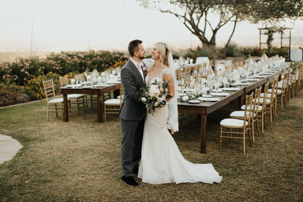 1209-creative-florist-romantic-copperwynd-wedding-arizona-bride-groom-reception.jpg