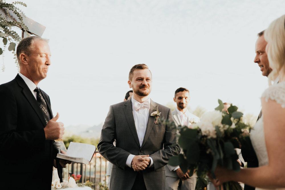 1209-creative-florist-romantic-copperwynd-wedding-arizona-groom-ceremony.jpg
