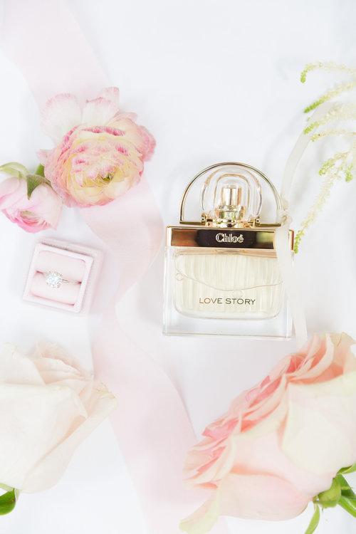 1209-creative-el-chorro-wedding-florist-arizona-perfume.jpg