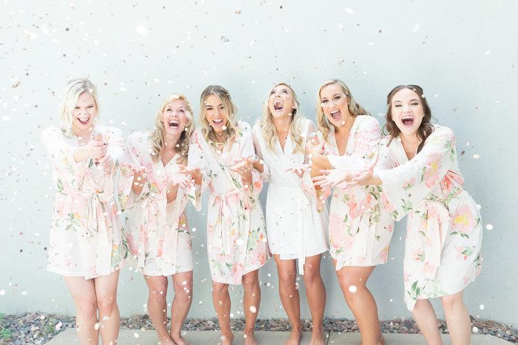 1209-creative-el-chorro-wedding-florist-arizona-bridesmaids.jpg