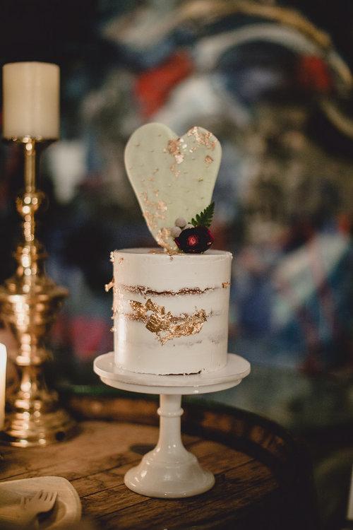 1209-creative-monroe-abbey-madison-wisonsin-wedding-cake.jpg