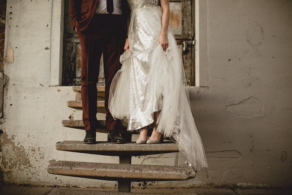1209-creative-monroe-abbey-madison-wisonsin-florist-first-look-groom-bride.jpg