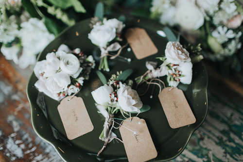 wedding-florist-madison-wisconsin-boutonnieres.jpg