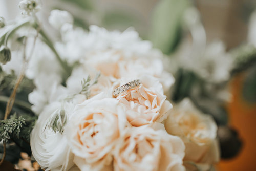 wedding-florist-madison-wisconsin-bouquet.jpg