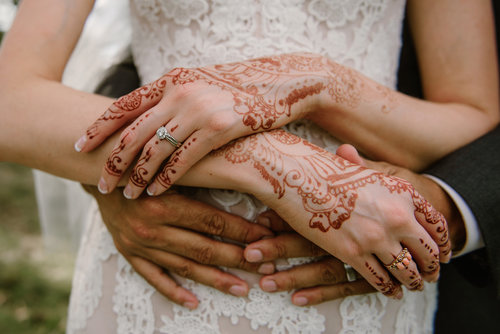 1209-creative-wedding-florist-madison-wi-ceremony-bride-henna.jpg