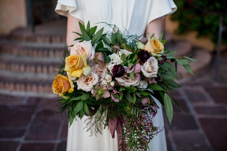 1209-creative-wedding-florist-madison-wisconsin-bridal-bouquet.jpg