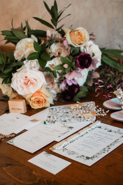1209-creative-wedding-florist-madison-wisconsin-bouquet-stationary.jpg