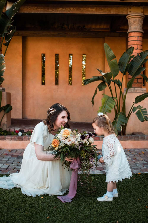 1209-creative-wedding-florist-madison-wisconsin-bride-bouquet-flower-girl.jpg